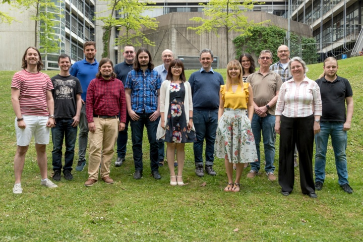 Mitarbeiterinnen und Mitarbeiter des Instituts (c) ITI